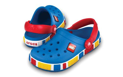 12080 b c12c13 LEGO Crocs Crocband papucs kék piros színben, C12C13 (29 31) méret