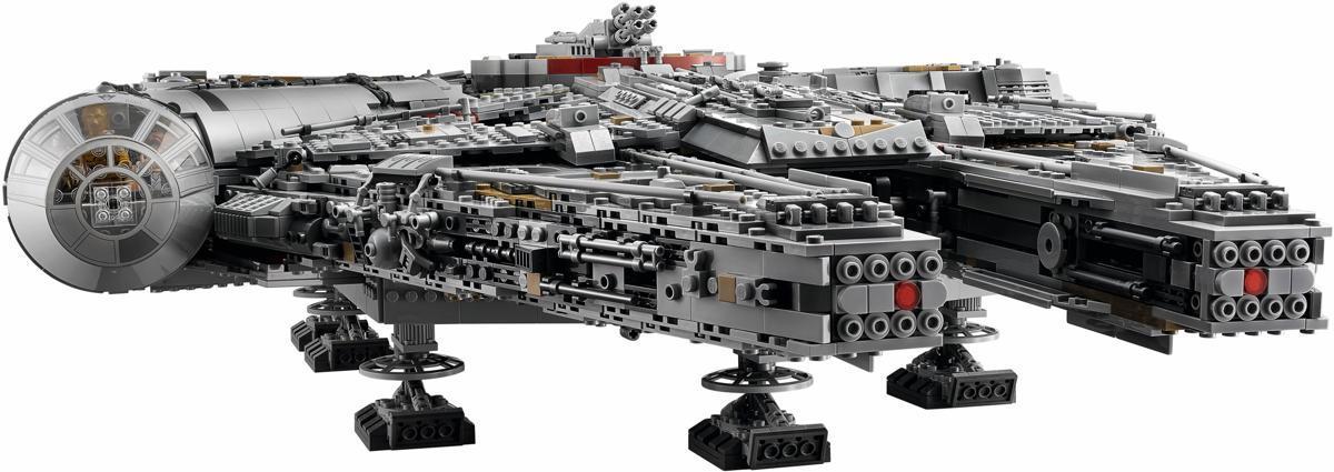 75192 lego star wars millennium falcon for Interieur vaisseau star wars